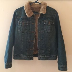 GAP Demin Jacket Size Medium